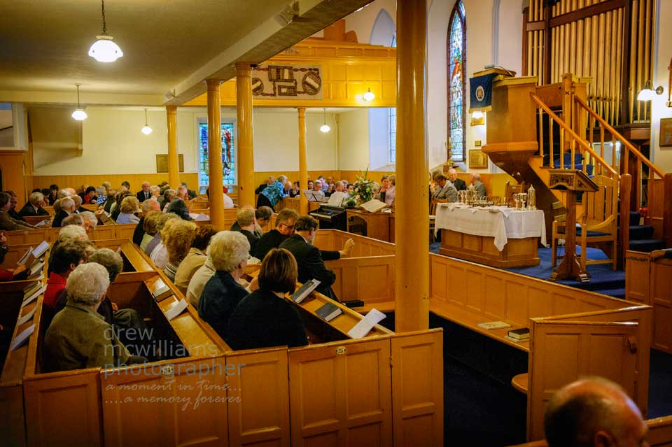 The interior and pews at Dromore Non-Subscribing Presbyterian Church