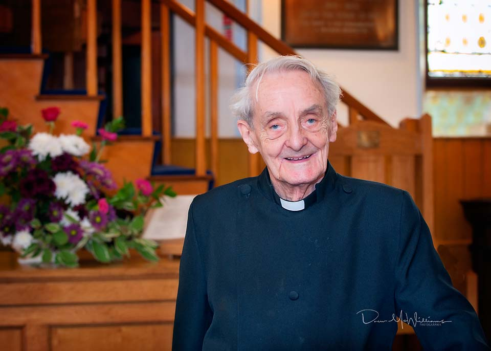 Very Rev William McMillan at Dromore Non-Subscribing Presbyterian Church